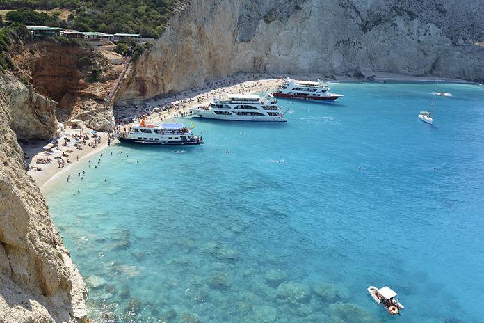 Plaja Porto Katsiki din Lefkada - una dintre cele mai frumoase plaje din Europa
