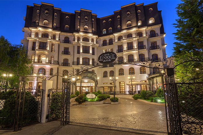 Epoque Hotel Relais & Chateaux, fațadă - hoteluri de lux din România