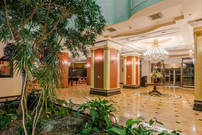 Hilton Sibiu, lobby - hoteluri de lux din România