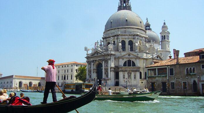 greseli_facute_de_turisti_in_italia_poza_reprezentativa