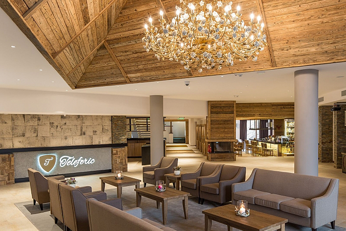 Teleferic Grand Hotel, lobby - hoteluri de lux din România